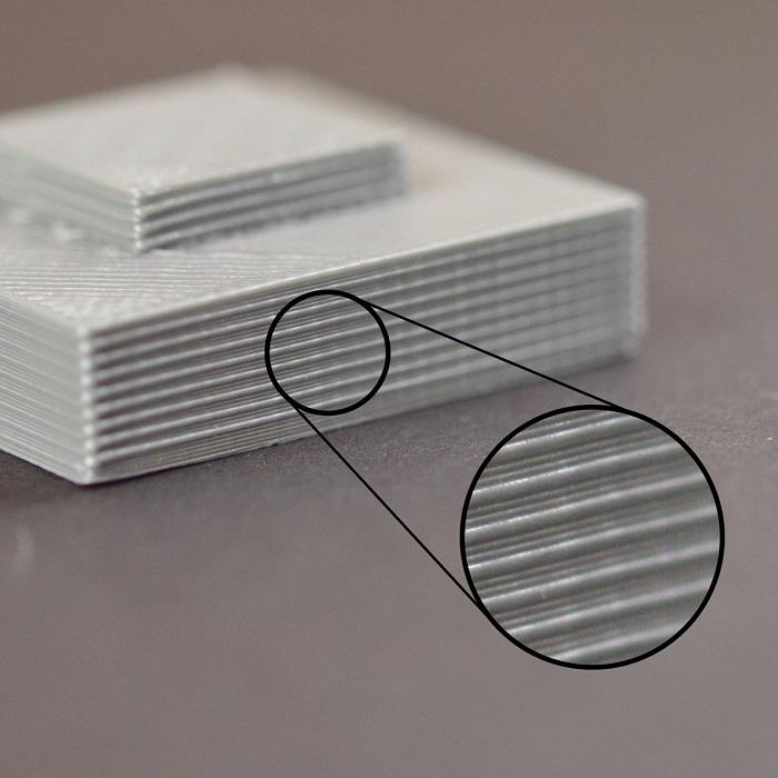 وجود خط هایی در کناره قطعه سه بعدی پرینت شده